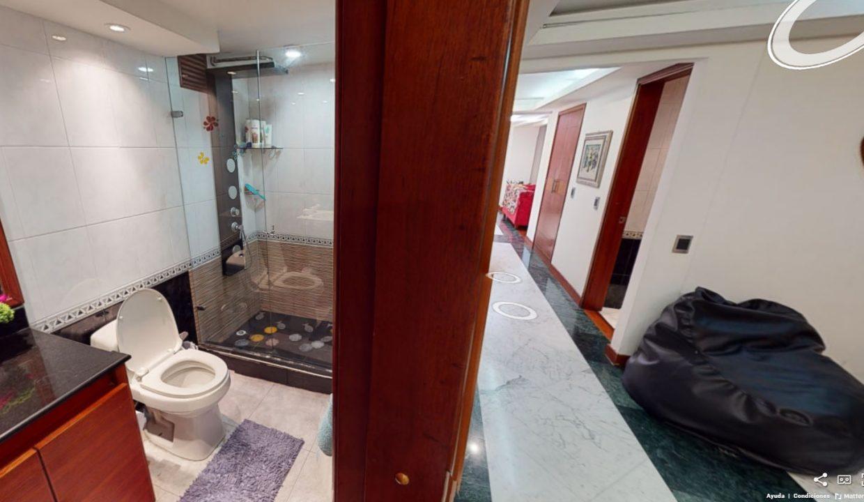 Baño-corredor